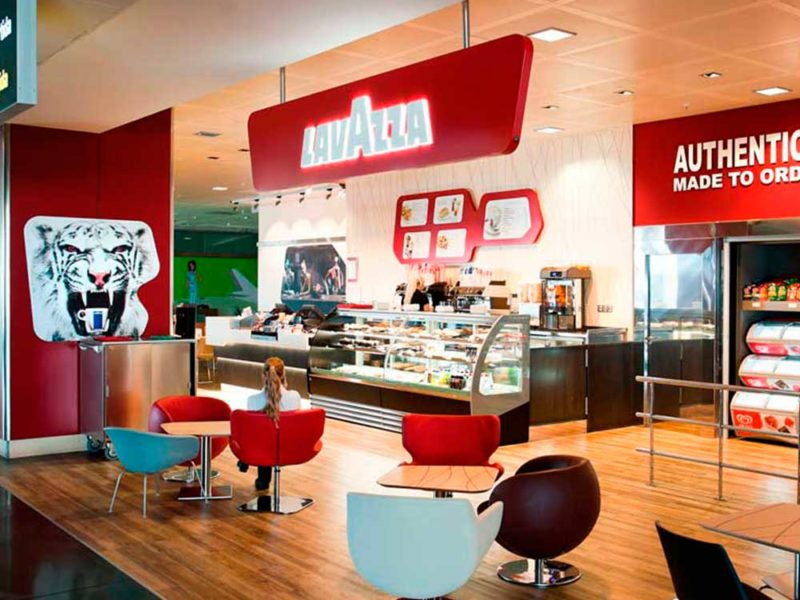 contruccion-local-comercial-aena-lavazza-0